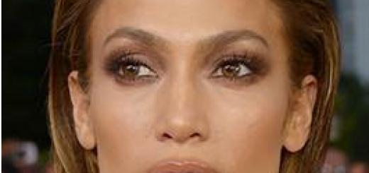 maquillaje de jennifer lopez billboard 2015 close up