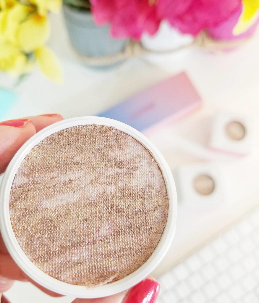 Colourpop Cosmetics Trio de iluminadores para tonos de pieles medias