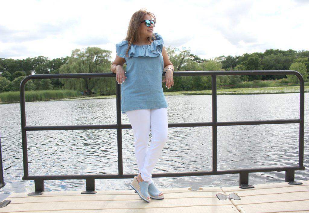 Como combinar pantalones blancos - lucir mas joven