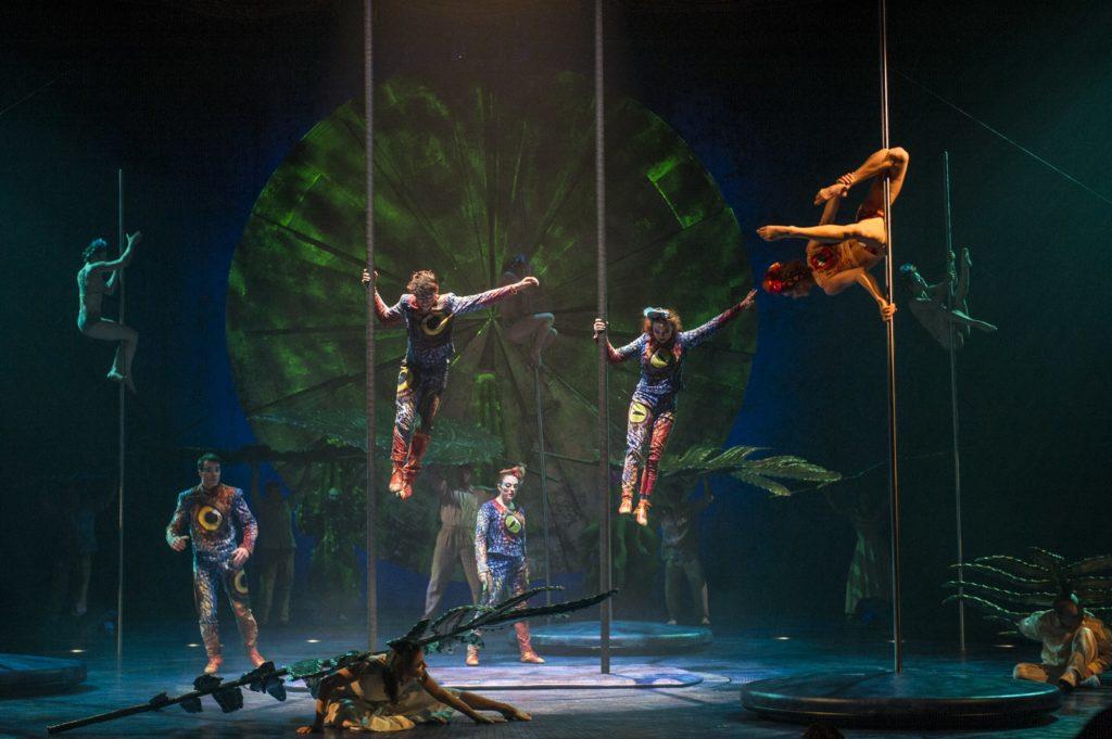 cirque du soleil luzia chicago show